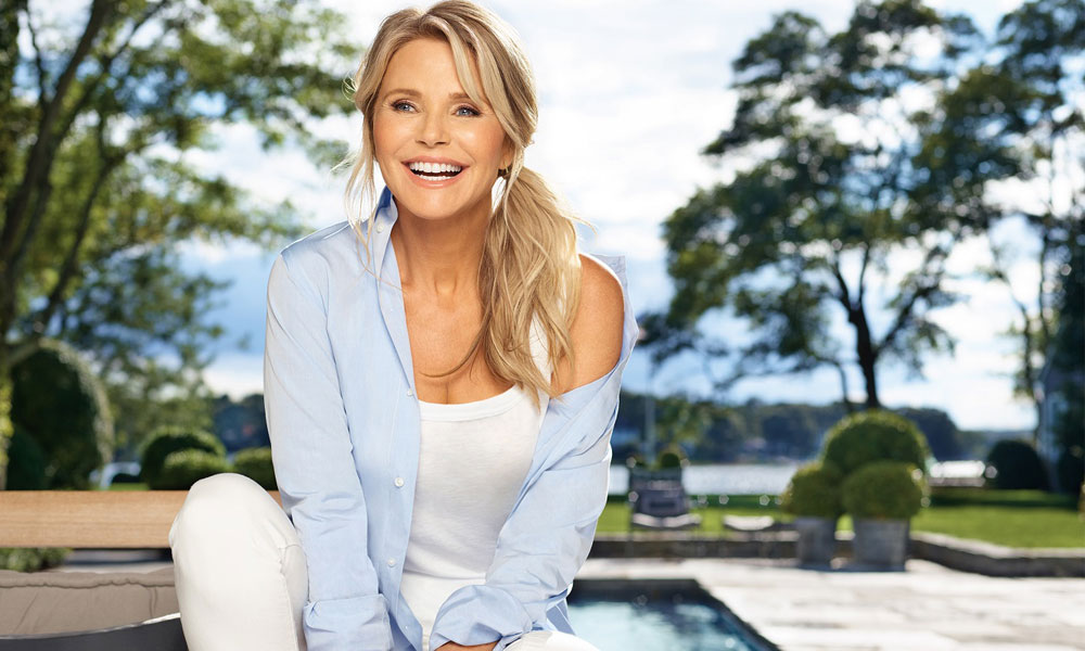 CHRISTIE BRINKLEY PARTNERS WITH MERZ TO SHARE HER APPROACH TO LOOKING TIMELESS
